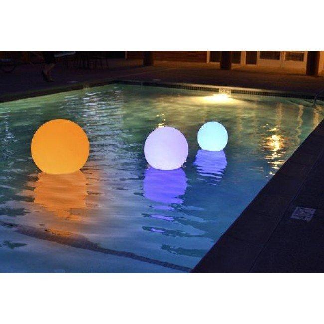 Drijvende LED zwembadverlichting zeilboot kopen? - Rhodos-shop.nl