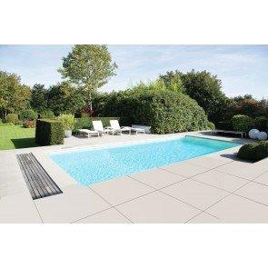 Infinitieau zelfbouw zwembad in tuin