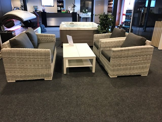 Afbeelding van 4 Seasons Outdoor Edge Ice lounge set met Vallarta tafel, Showmodel op=op