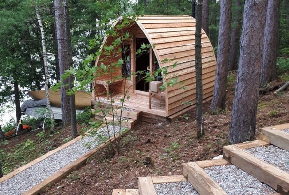Afbeelding van Dundalk Sauna Pod Knotty Red Cedar 244 x 214 cm